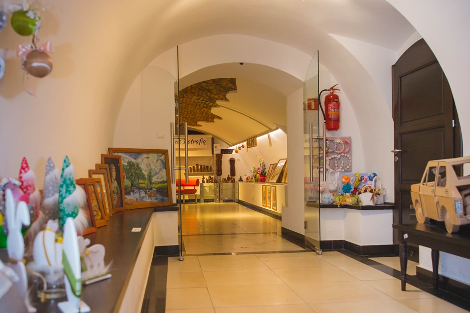 Wyjazd do Galerii pod Ratuszem