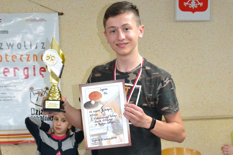III Młodzieżowy Turniej Tenisa Stołowego wyłonił nowego mistrza!