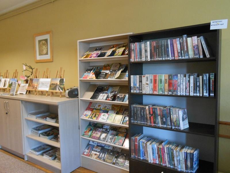 Wakacyjne nowości książkowe w bibliotece